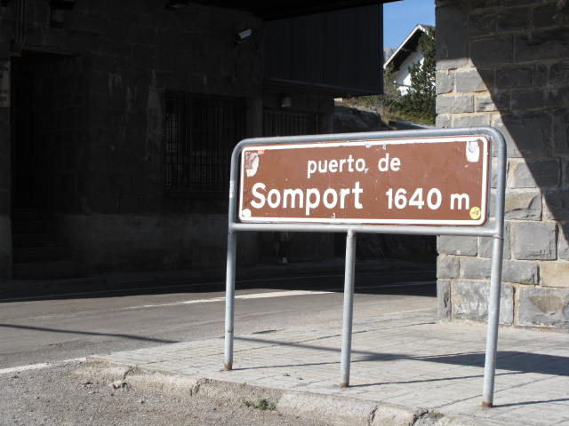 Enter tunnel in Spain, emerge in France...ta da!