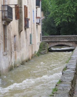 Rising water i town
